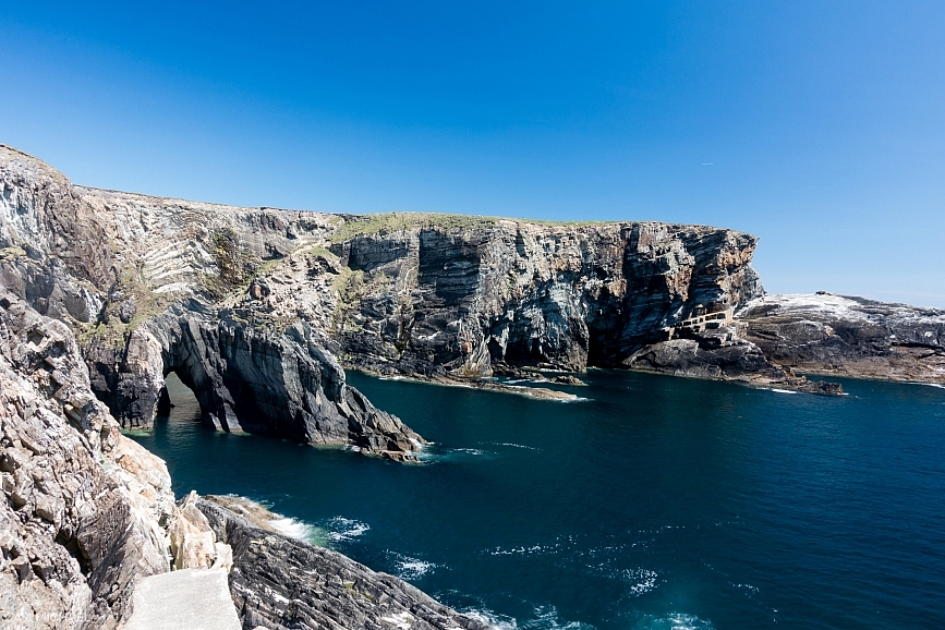 Ireland-Mizen-Head-water-gate